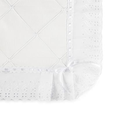 manta-piquet-com-bordado-ingles-branco