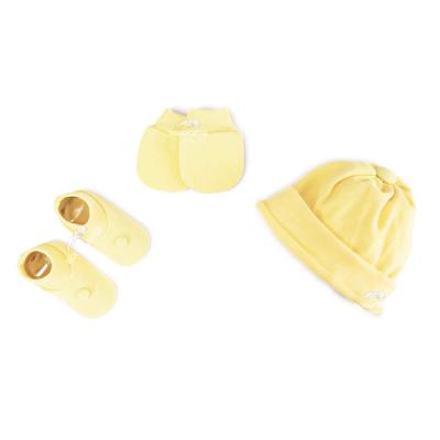 kit-touca-luva-e-sapatinho-de-suedine-para-recem-nascido-amarelo
