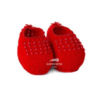 sapatinho-de-trico-com-perolas-vermelho
