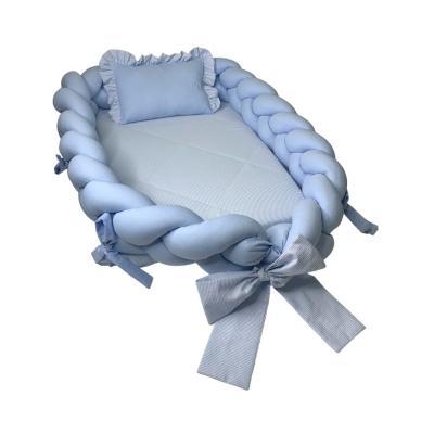 ninho-tranca-com-travesseiro-azul